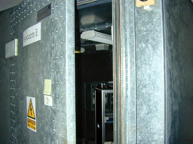 Construcci n con contenedores jaula de faraday - Kamer van bian ...