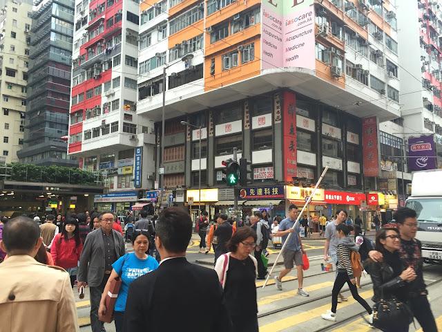 Hong Kong, Hong Kong Island, Cestování, Hong Kong na vlastní pěst, co dělat v hong kongu, what to do in hong kong, hong kong kristýna, kristýna vacková, travel blog, travelling, asia, blog, travel blog, fashion house cz hong kong, hong kong, blog about hong kong, expat hong kong, hongkong, hongkong na vlastní pěst, hongkong bez cestovky, co dělat v hongkongu, Stanley market, Stanley, Trhy Stanley Hongkong, hong kong art, shopping hong kong, nákupy v hongkongu, central and western district promenade, shopping in hong kong, holiday in hong kong, dovolená hongkong, hongkong ostrov, hongkong hlavní ostrov, hong kong main island
