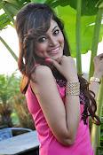 Shilpi Sharma sizzling pics-thumbnail-11