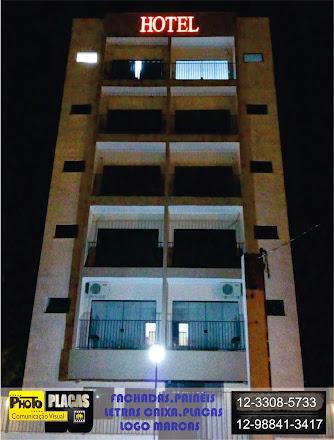 LETREIRO LETRA CAIXA ACRÍLICO ILUMINAÇÃO EM LED HOTEL DOMUM PINDAMONHANGABA, SÃO PAULO