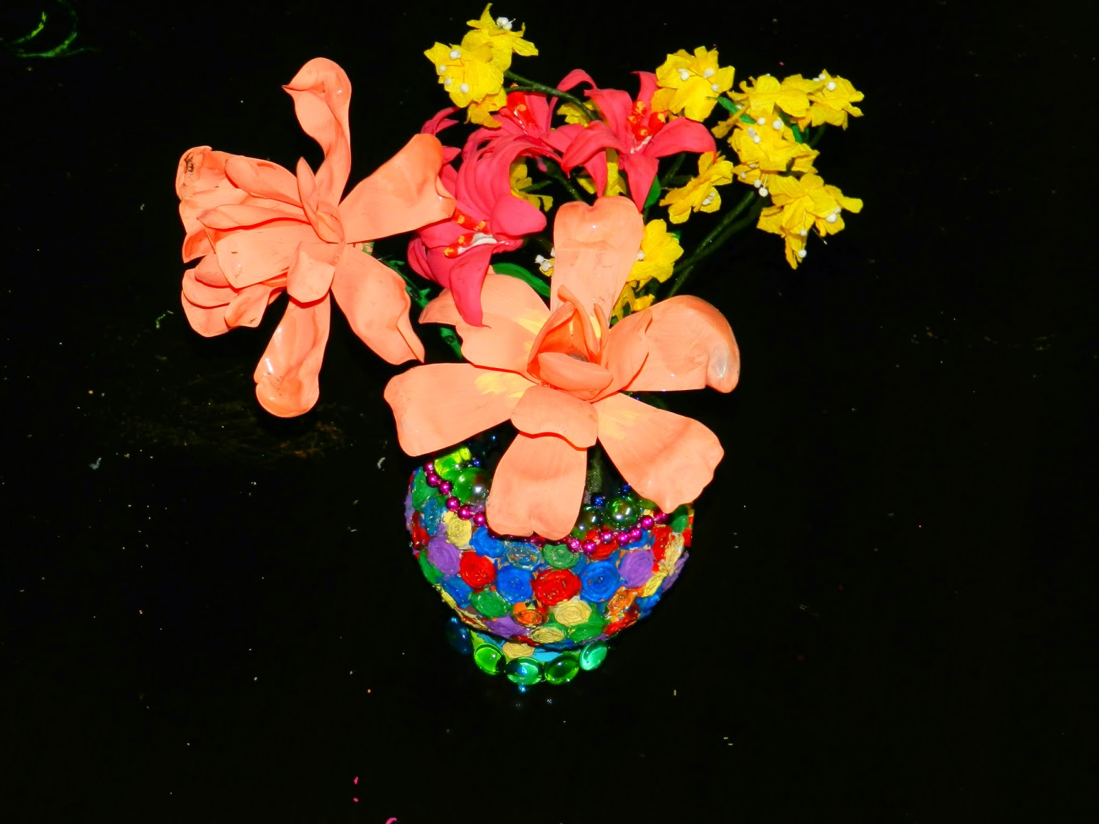 Creative Diy Crafts Coconut Shell Flower Vase Decorated With News