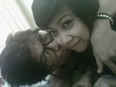 Beberapa Foto Ciuman Andika yang Tersebar Baru