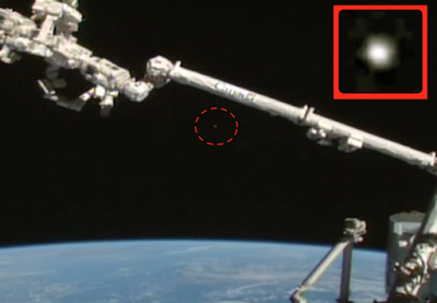 2 Glowing UFO's Near Space Station 2015, UFO Sighting News