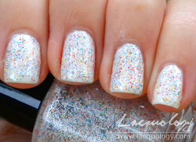 nail pattern boldness mrs. white swatch