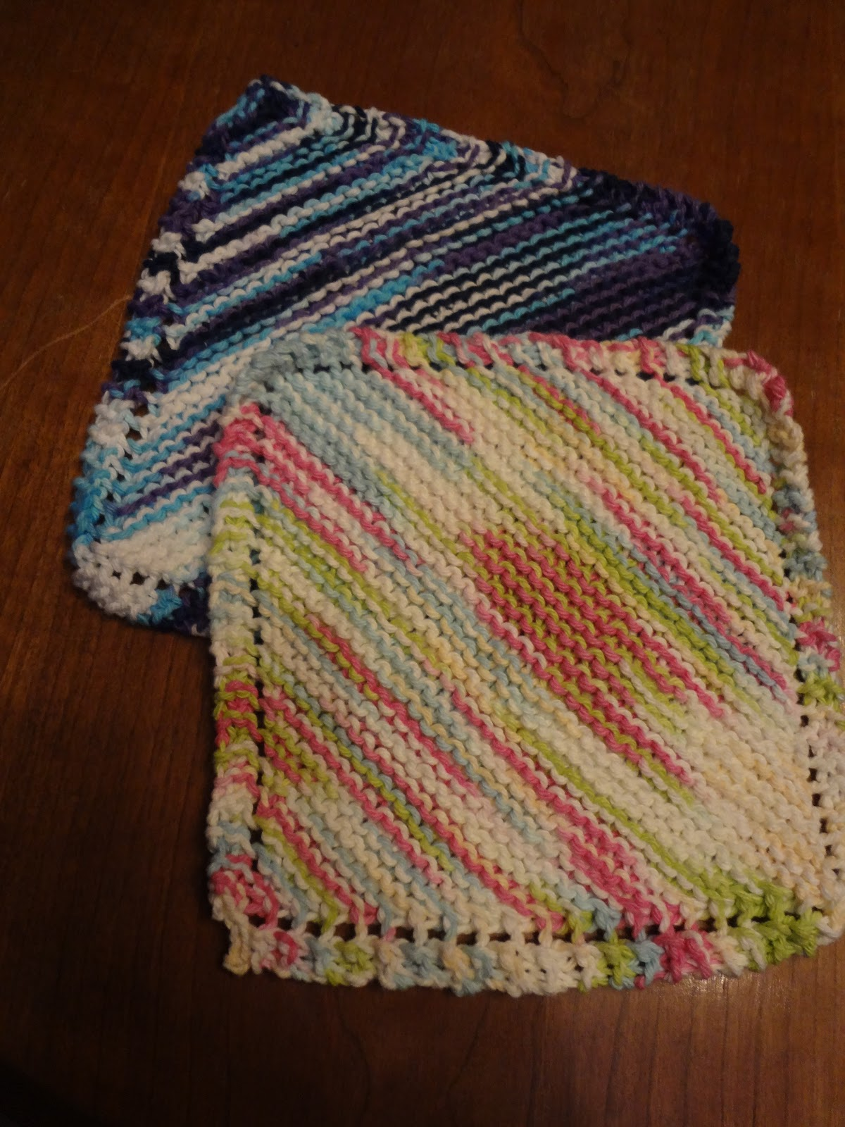 M Dishcloth Knitting Pattern : The Canadian Housewife: Knitted Dishcloths