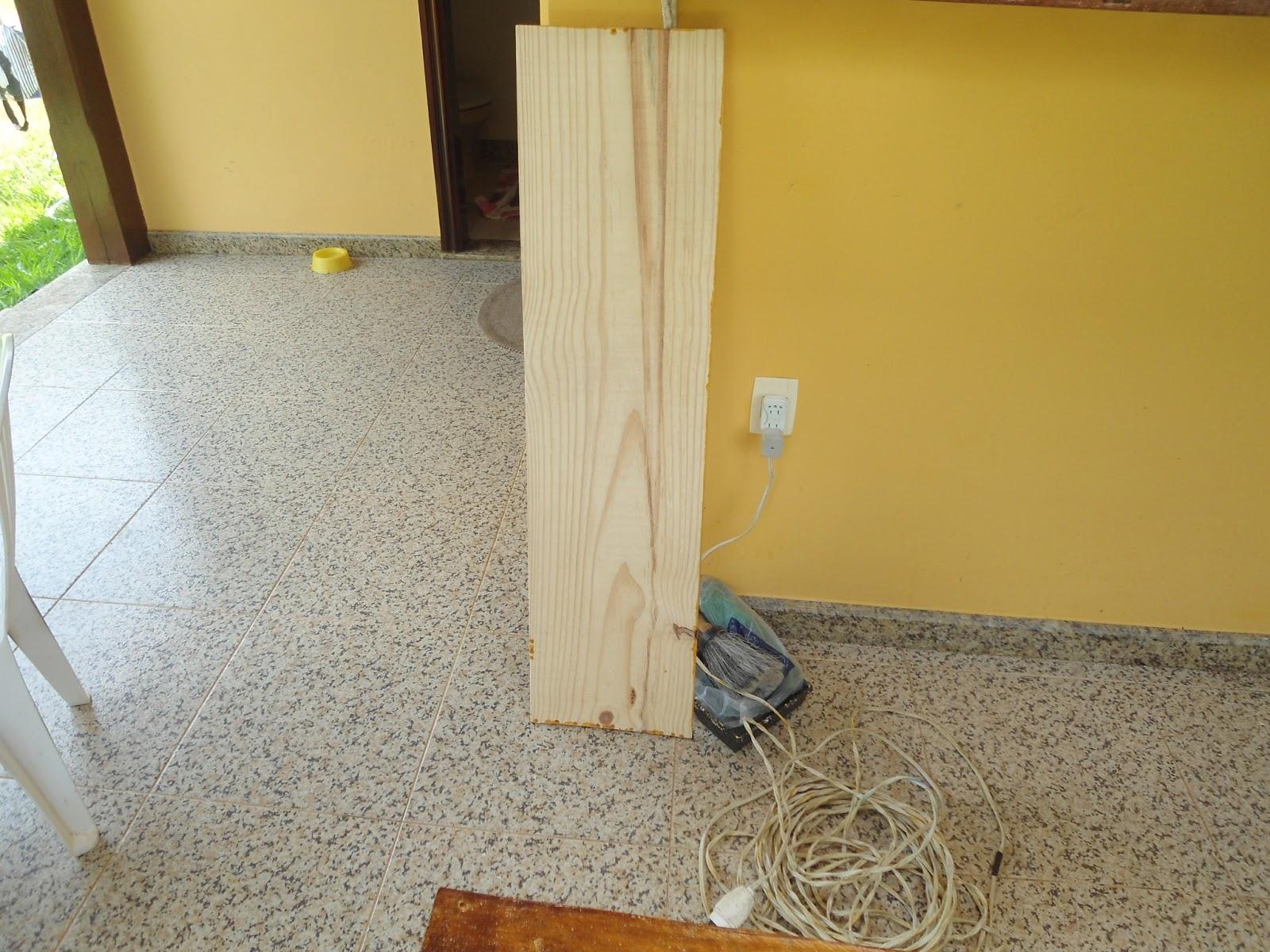de Pinus que seria para cortar lixar e pintar da cor móvel para #967C35 1600x1200