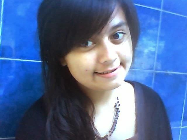 http://penjualanobatherbalalami.blogspot.com/2014/03/cara-aman-menjaga-kesehatan-rambut.html