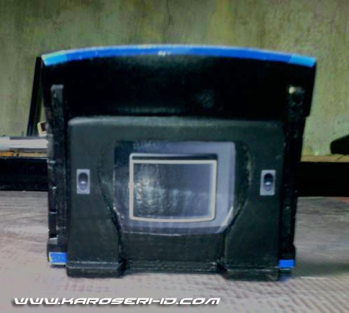 Miniatur Bus Discovery Sugeng Rahayu Interior