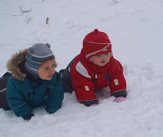 зимние игры на прогулке