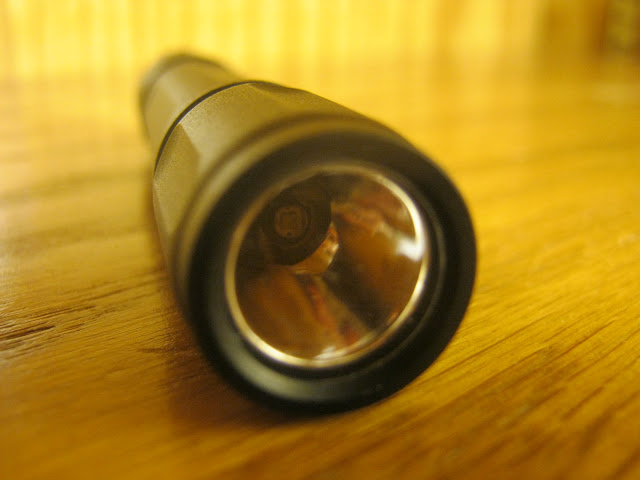 Peclican 1910 AAA Flashlight: another closeup of the reflector