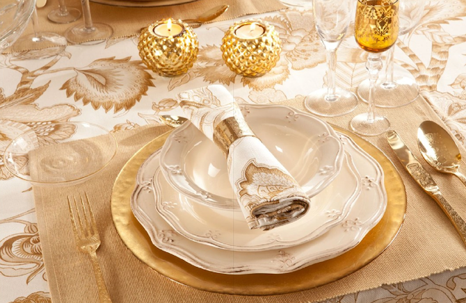 Dorado o plata que tono eliges para decorar tu mesa de for Mesa cristal y dorado