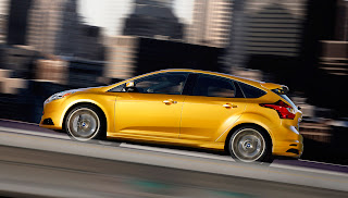 Ford taking Focus ST around America with free Performance Academy_5