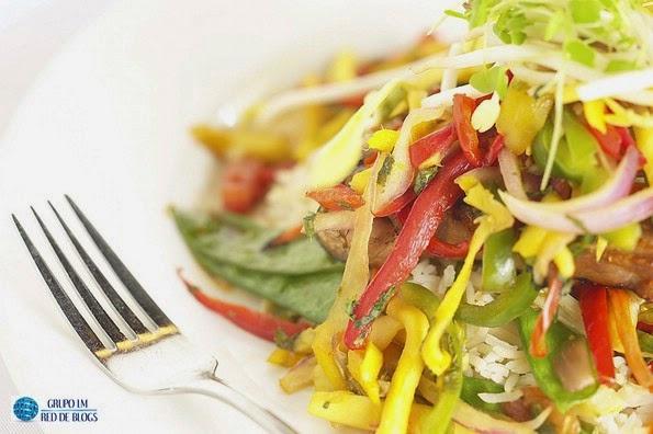 Incluye verduras que tienen propiedades antioxidantes