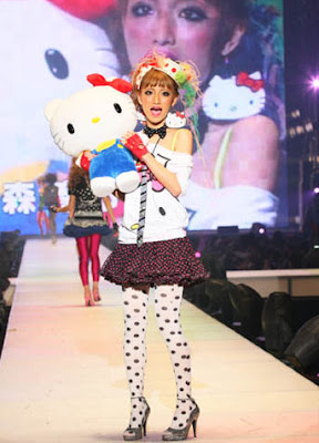 Hello Kitty Harajuku fashion