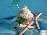 http://cecilecupcakecafe.blogspot.de/2013/08/pina-colada-cupcakes.html