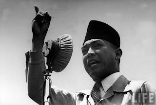 Kisah Presiden Soekarno Yang Bikin Presiden Amerika Ketakutan