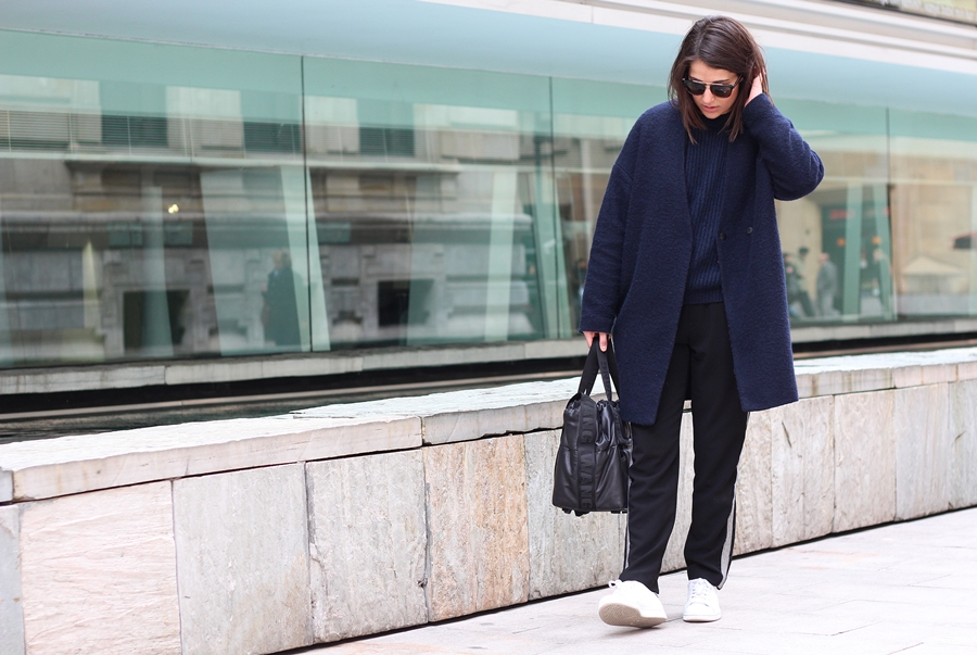 BLUE COAT & WANG BAG