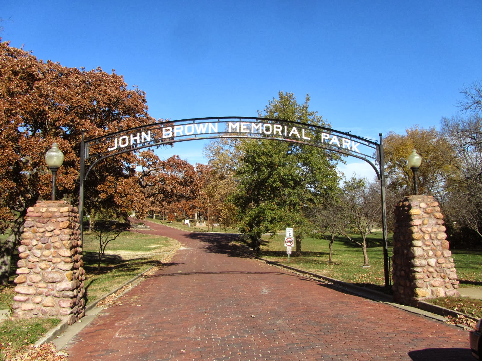 autoliterate: Bleeding Kansas: John Brown country