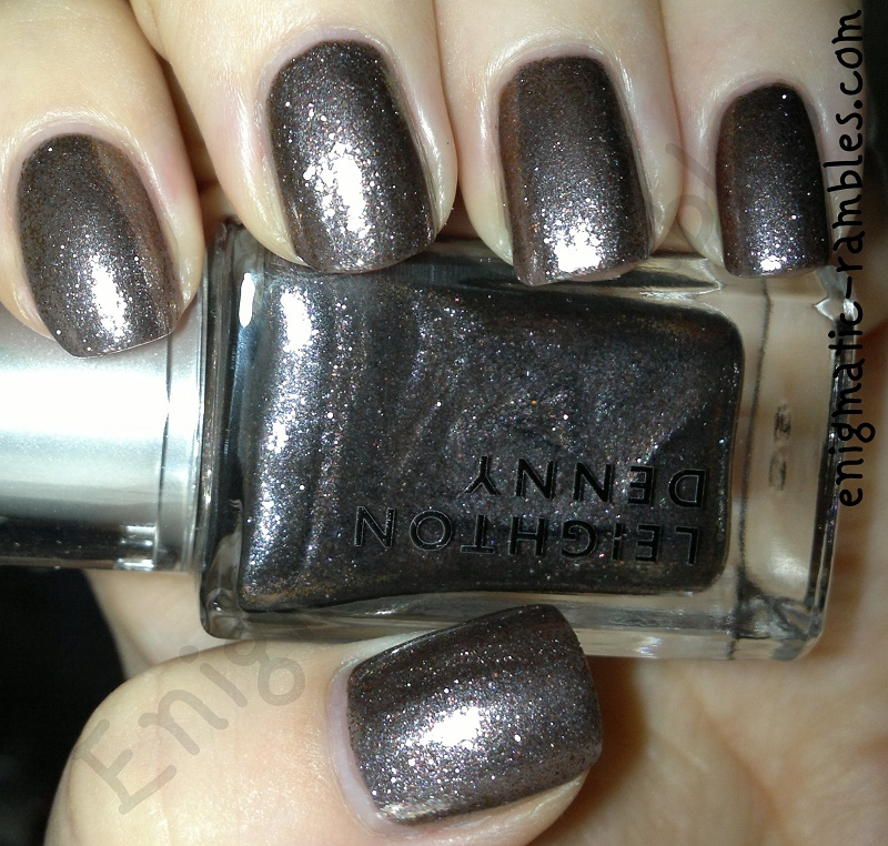 swatch-review-leighton-denny-be-unique