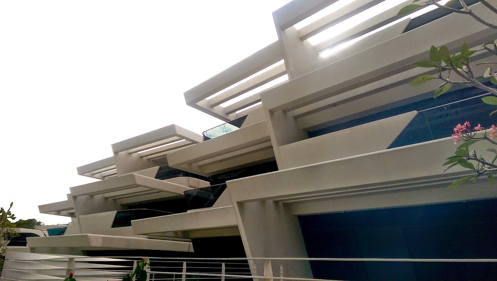 Garden villas at d leedon -  Many Of Zaha S Buildings In Europe And The Us Some Of Them Among The Most Stunning Buildings I Have Ever Seen I Was Not Expecting Much From D Leedon