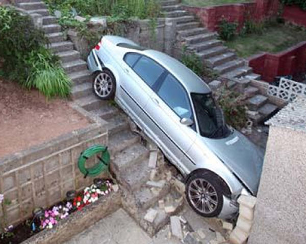 Parking Fails Pictures Seen On www.coolpicturegallery.us