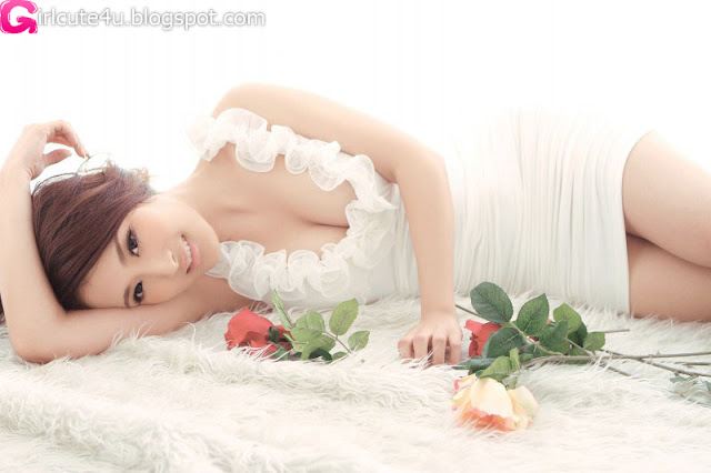 Yang-Zi-Re-White-Dress-01-very cute asian girl-girlcute4u.blogspot.com