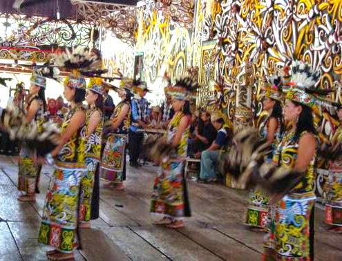 Tari gong Kalimantan Timur