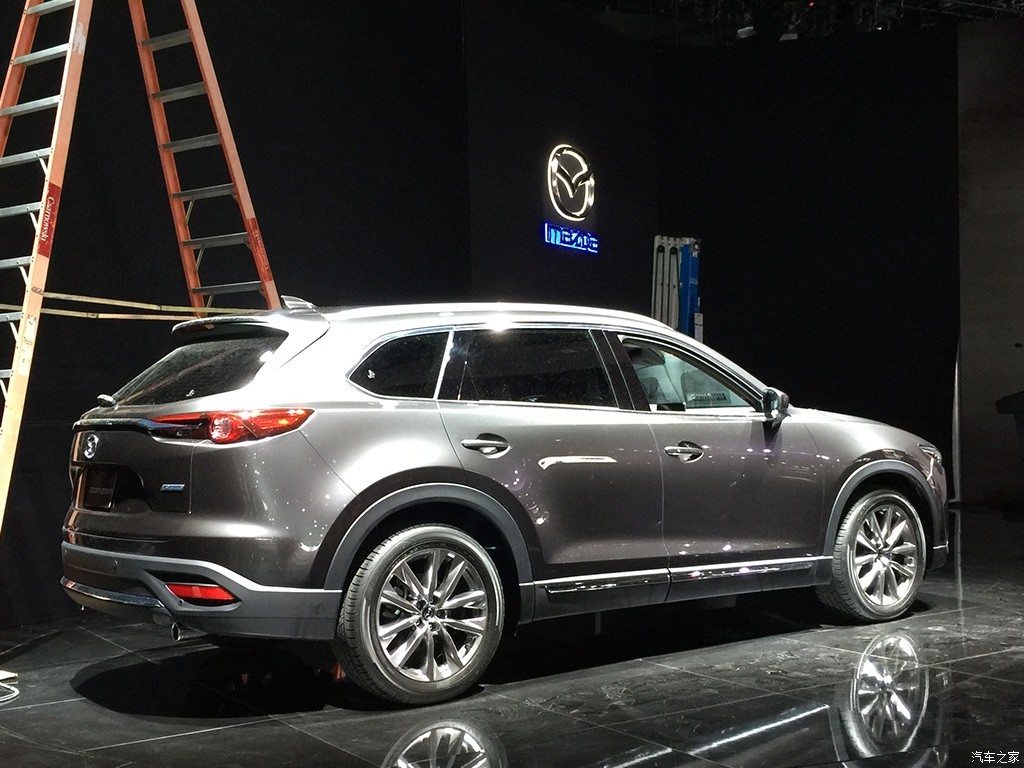 all new 2016 mazda cx 9 in the flesh. Black Bedroom Furniture Sets. Home Design Ideas