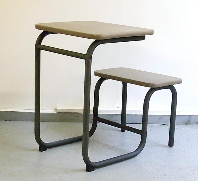 baos pupitre d 39 colier ann es 60 restaur. Black Bedroom Furniture Sets. Home Design Ideas