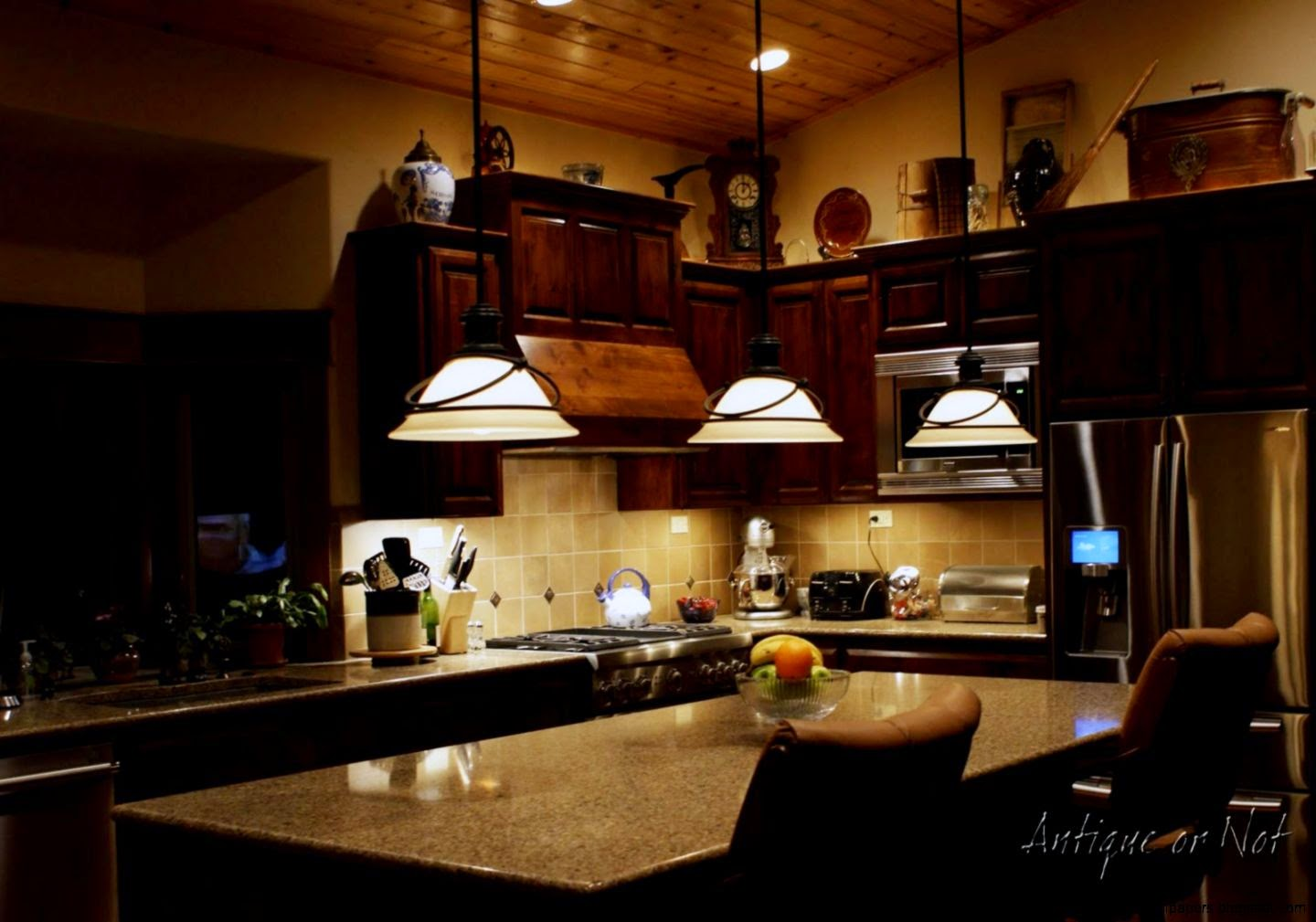 DECORATING IDEAS FOR TOP OF KITCHEN CABINETS World Decor Ideas
