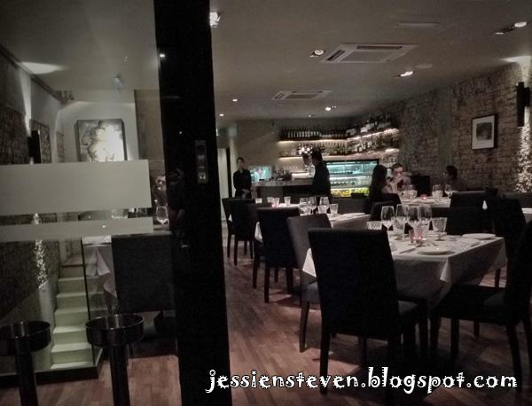 Sharing the passion leonardo 39 s dining room wine loft for Leonardo s dining room