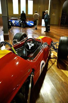 walpaper hot clasic cars 2012