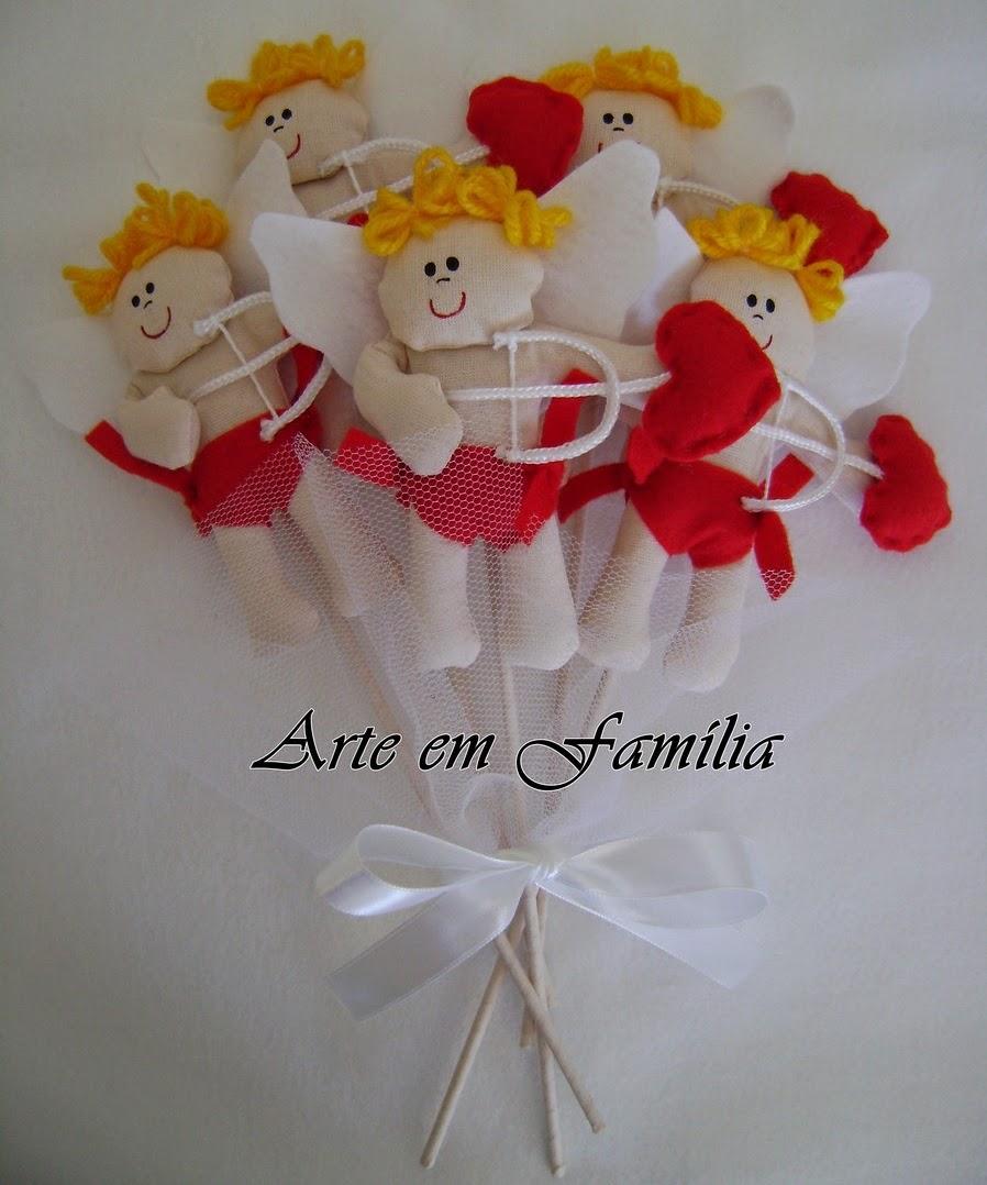 buquê de noiva artesanal de cupidos