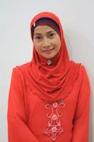Puan Noor Azian