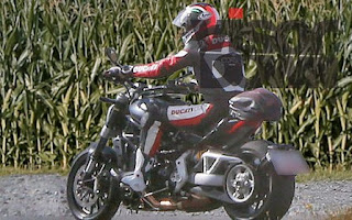 Hot New : Penampakan New Ducati Diavel Cruiser Tertangkap Kamera !!!