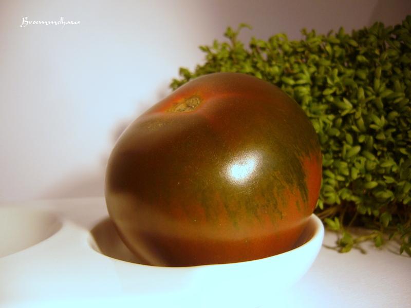 verliebt in zuhause kumato meine neue tomate. Black Bedroom Furniture Sets. Home Design Ideas