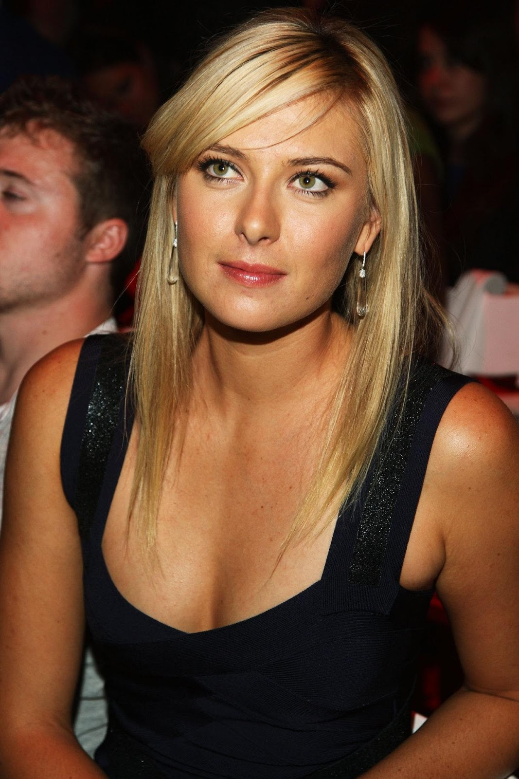 maria sharapova biography high resolution pictures
