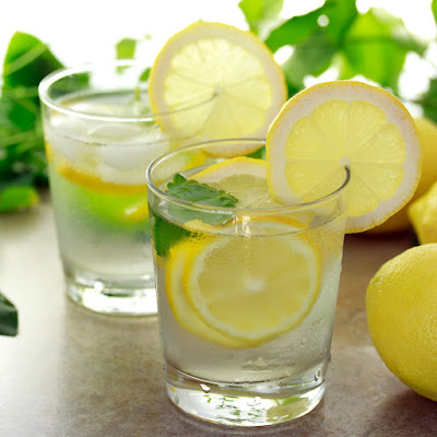 How to Make a Lemon Water Diet Drink