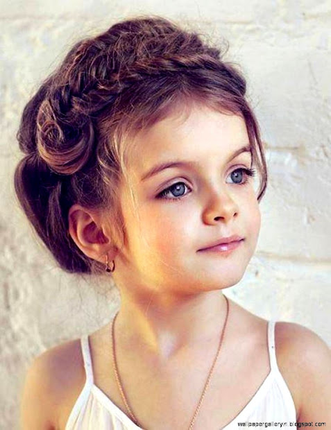 cute girl curly hair wallpaper
