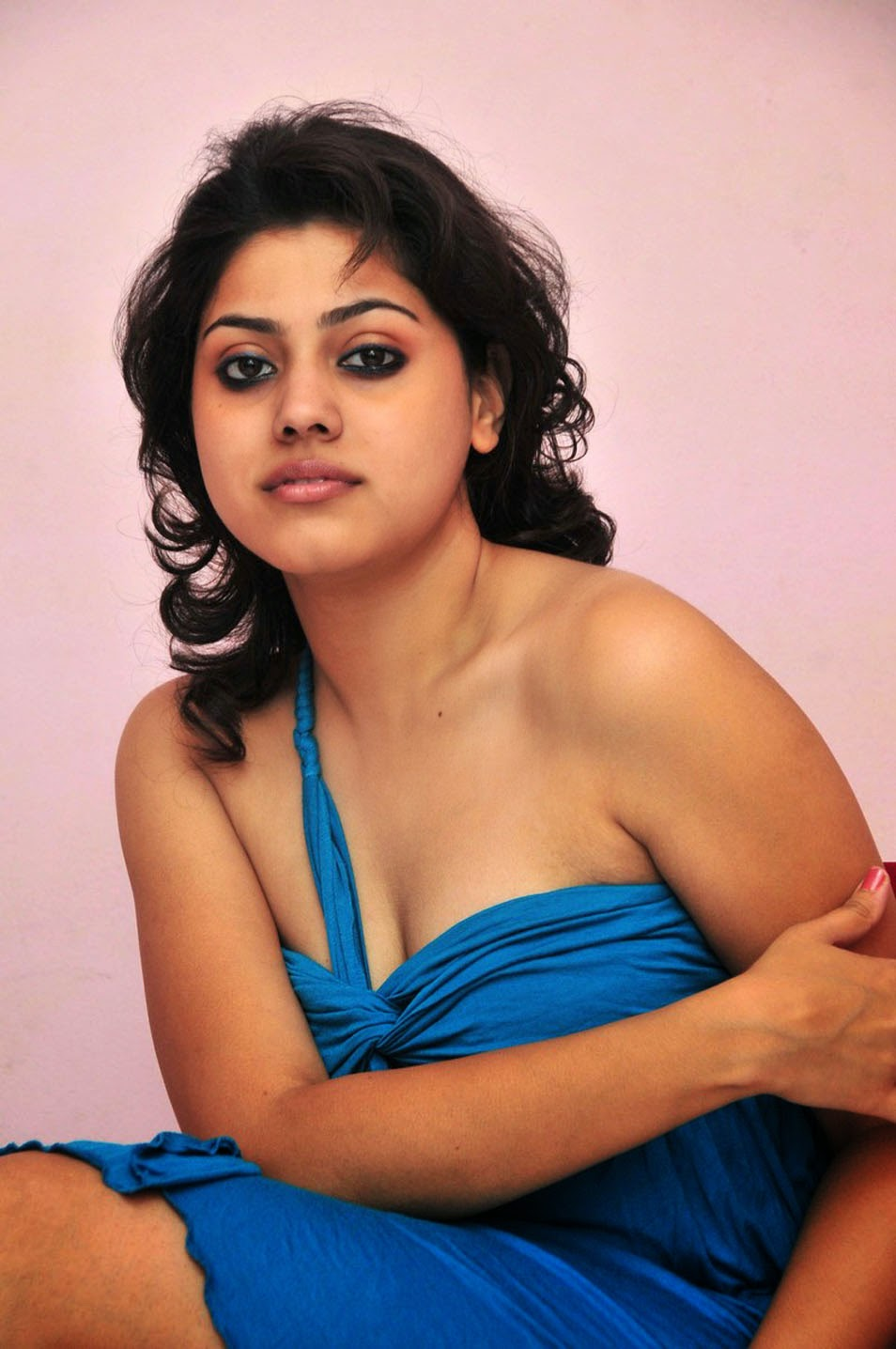 Suchita Singh Beautiful Photoshoot stills July 2014