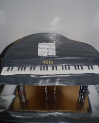 tarta de piano de cola para rita.