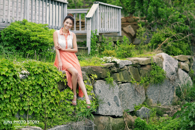 Angel Ju Da Ha - Outdoor Photoshoot