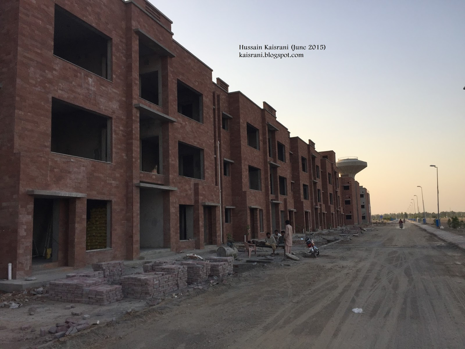 Hussain kaisrani bahria orchard and awami villas lahore for Awami villas 3 map