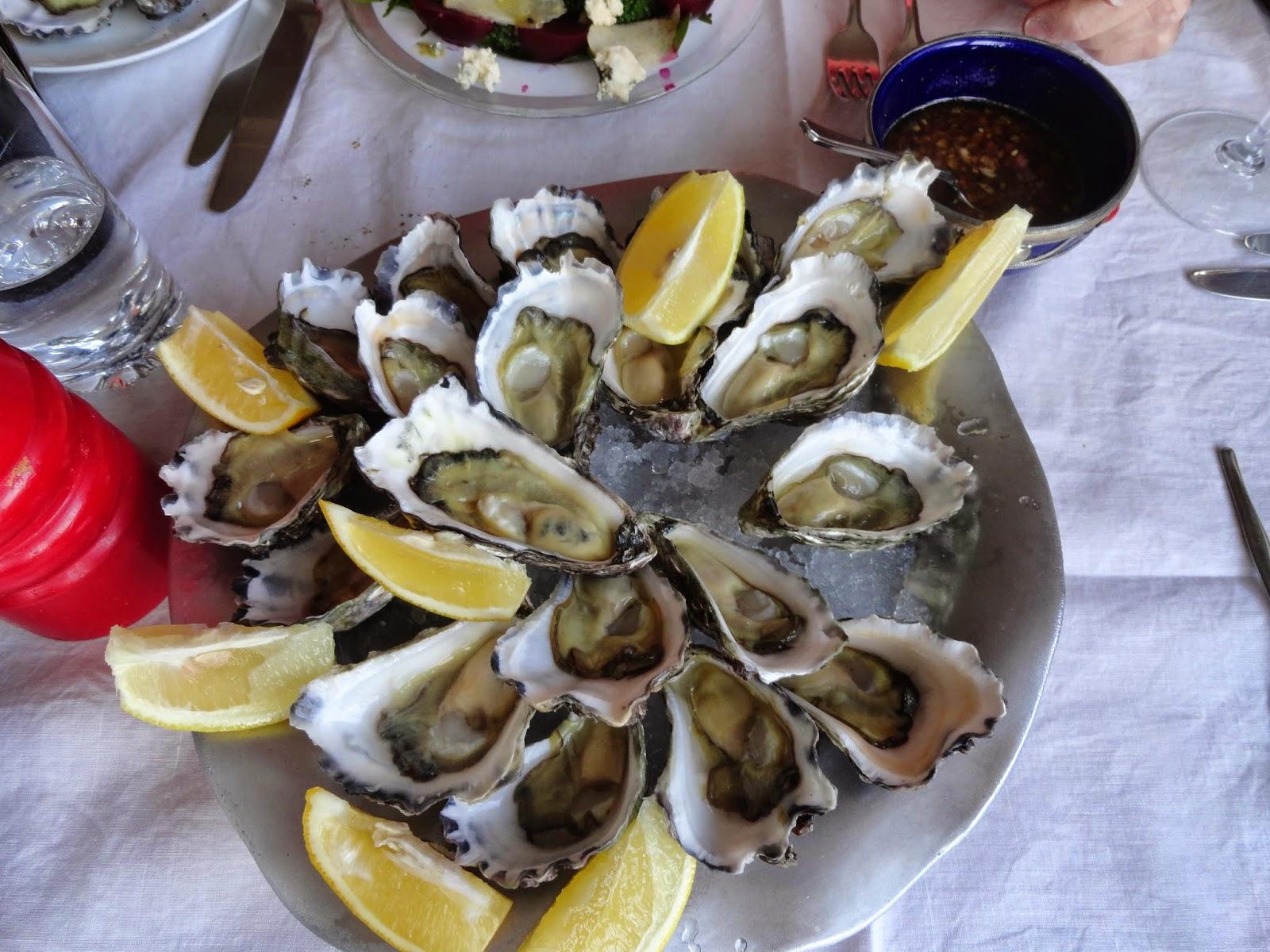 lovely starter of fresh oysters+balsamic venaigrette