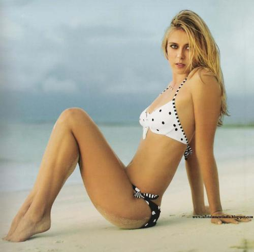 The 28 Sexiest Pictures Of Maria Sharapova - Regretful Morning