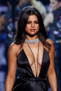 Selena Gomez at Victorias Secret 2015 Fashion Show in New York 5.jpg