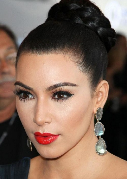 Female Fashion Celebrities Beautiful Eyes Make