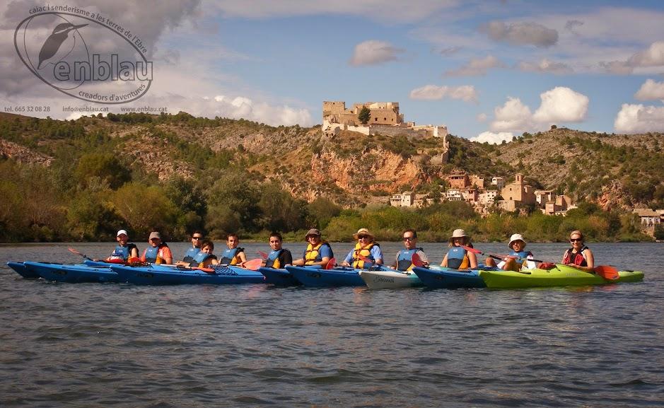 foto de grup amb els piragüistes a Miravet