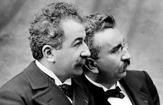 Os irmãos Auguste e Louis Lumière
