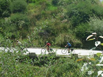 cycling in Kullu Manali